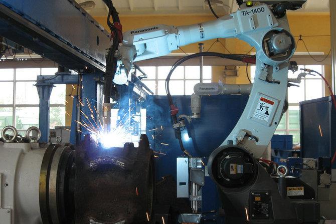 油脂火车车轮机器人堆焊系统