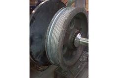 起重机车轮埋弧堆焊机