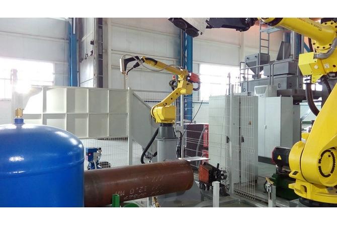 焊管机器人焊接系统(带激光跟踪)