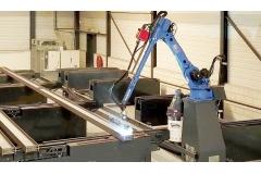 H型钢筋板机器人焊接产线