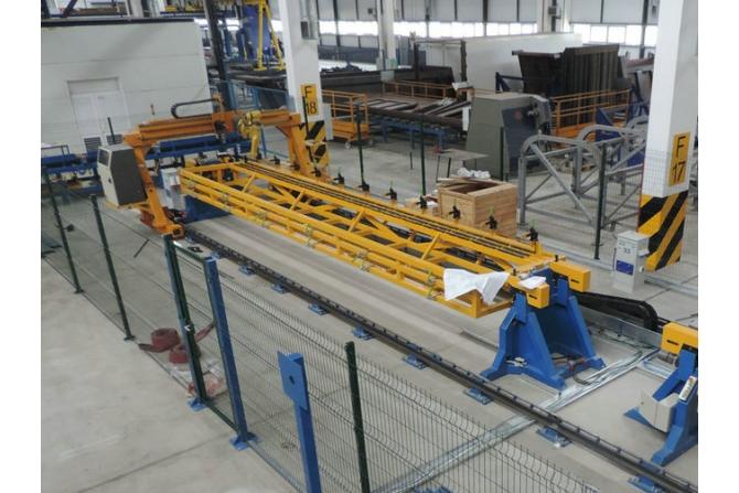 自卸车侧板装配和焊接机器人系统